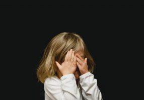 לפרוק רגשות ולתאם צפיות עם ילדים ובני נוער - שיח עם ילדים ובני נוער